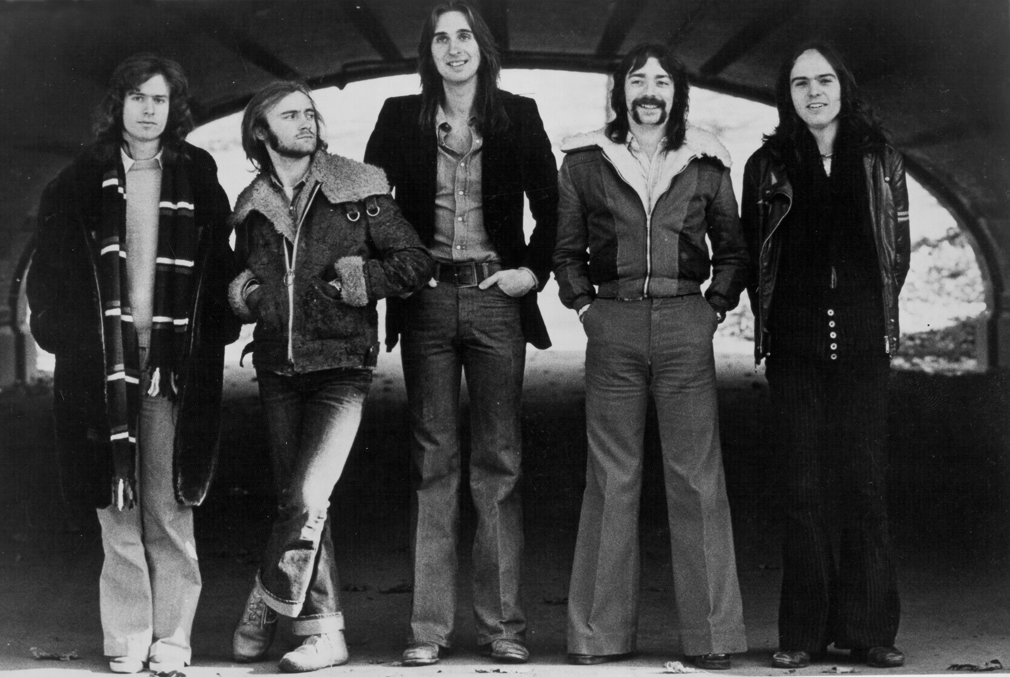 CIRCA 1973:  (L-R) Tony Banks, Phil Collins, Mike Rutherford, Steve Hackett and Peter Gabriel of the progressive rock band Genesis pose for a portrait in circa 1973. (Photo by Michael Ochs Archives/Getty Images)